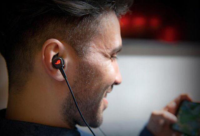 入耳式电竞耳机怎么选?值得买的高性价比入耳式游戏耳机推荐