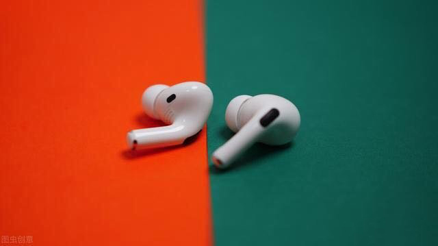 苹果无线耳机AirPods1与AirPods2及AirPods pro对比评测